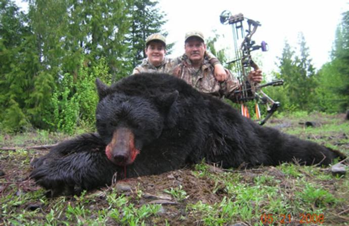 Idaho Black Bear Hunting Guide Outfitter Booking Agent